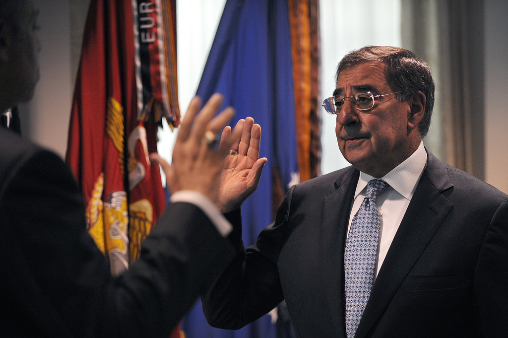 Leon E. Panetta takes the oath of office as the 23rd U.S. Secretary of Defense during a ceremony at the Pentagon July 1, 2011. Image courtesy of Flickr user US Department of Defense Current Photos.