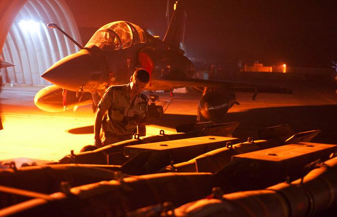Lancement de l'opération Serval le 11 janvier 2013