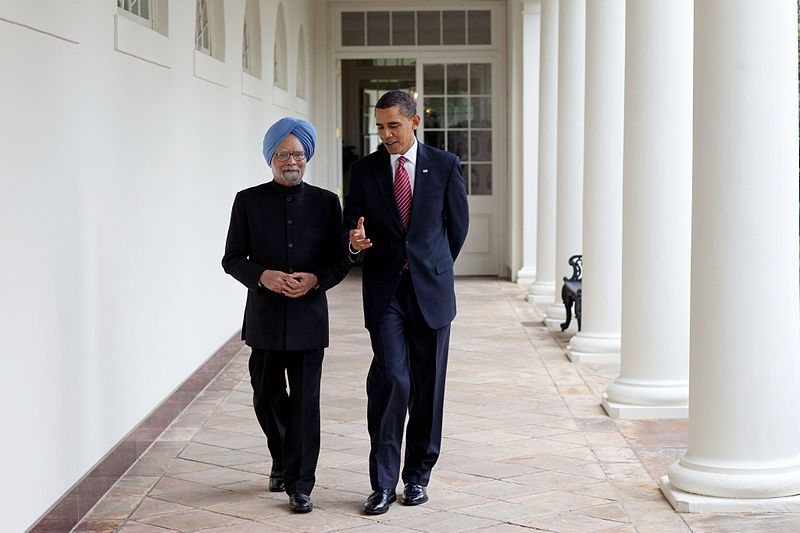 President Barack Obama and Prime Minister Manmohan Singh of India in the White House Colonnade.