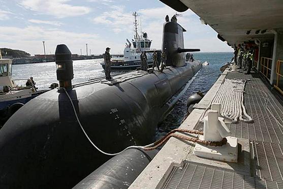 HMAS Waller returns to Fleet Base West from a five month deployment.