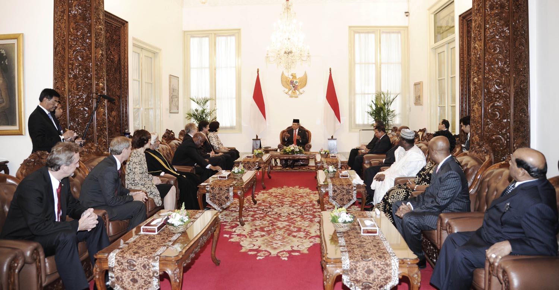 Indonesian President Yudhoyono receiving new ambassadors, 30 January 2014.