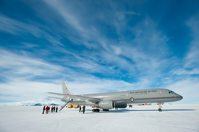 RNZAF Boeing lands at Pegasus Airfield on the Ross Ice Shelf during it's maiden flight to Antarctica.