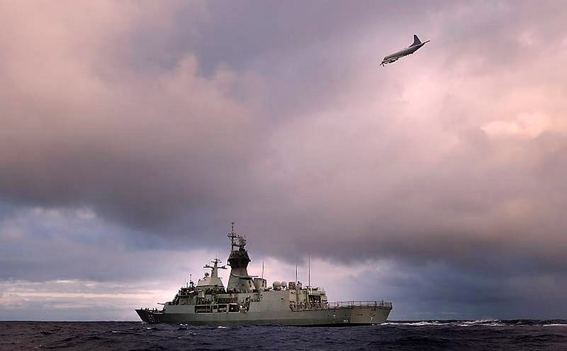 HMAS Perth transits through the Southern Indian Ocean as an Orion P-3K of the Royal New Zealand Air Force searches for debris as part of Operation SOUTHERN INDIAN OCEAN.