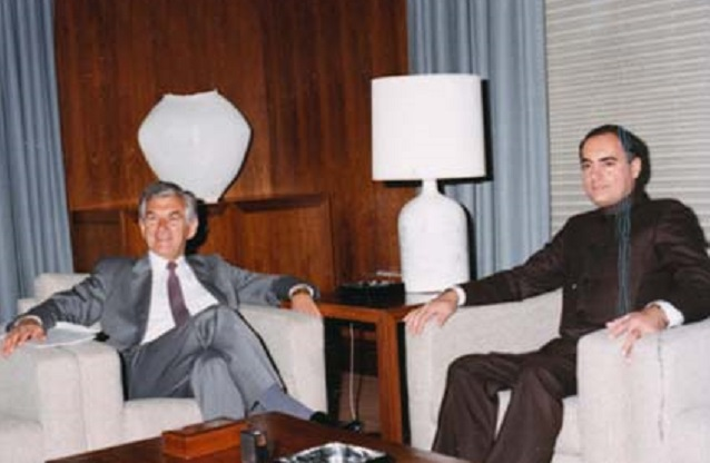 Prime Minister of India Rajiv Gandhi and Prime Minister Hawke