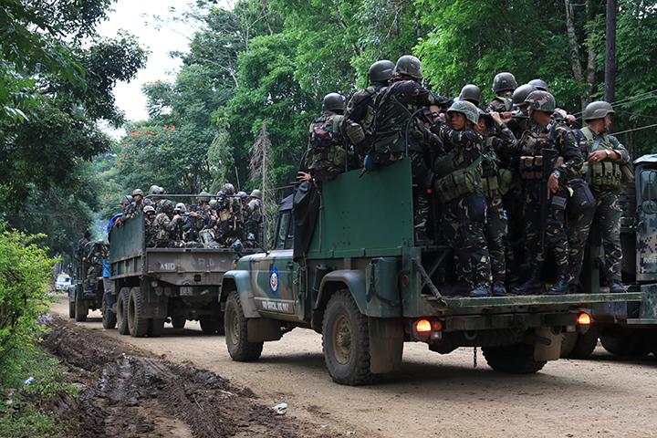 Marawi_crisis_troops_2.jpg