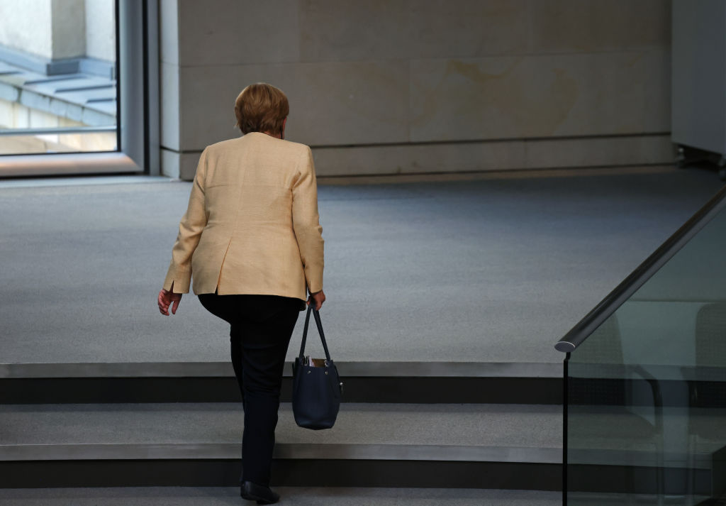 Merkel's departure and Russian disinformation weigh on German election
